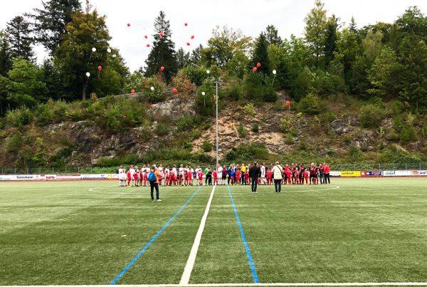 Das 110-jährige Jubiläum des FC Schönau 08 e.V. war Anlass des Benefizturniers im Jogi-Löw-Stadion in Schönau