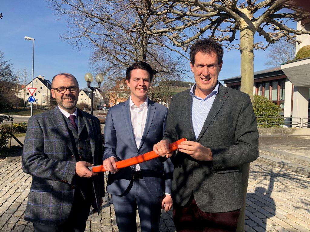 Stiegeler IT unterzeichnet offiziell die Verträge für den Netzbetrieb in Tengen und Hilzingen.