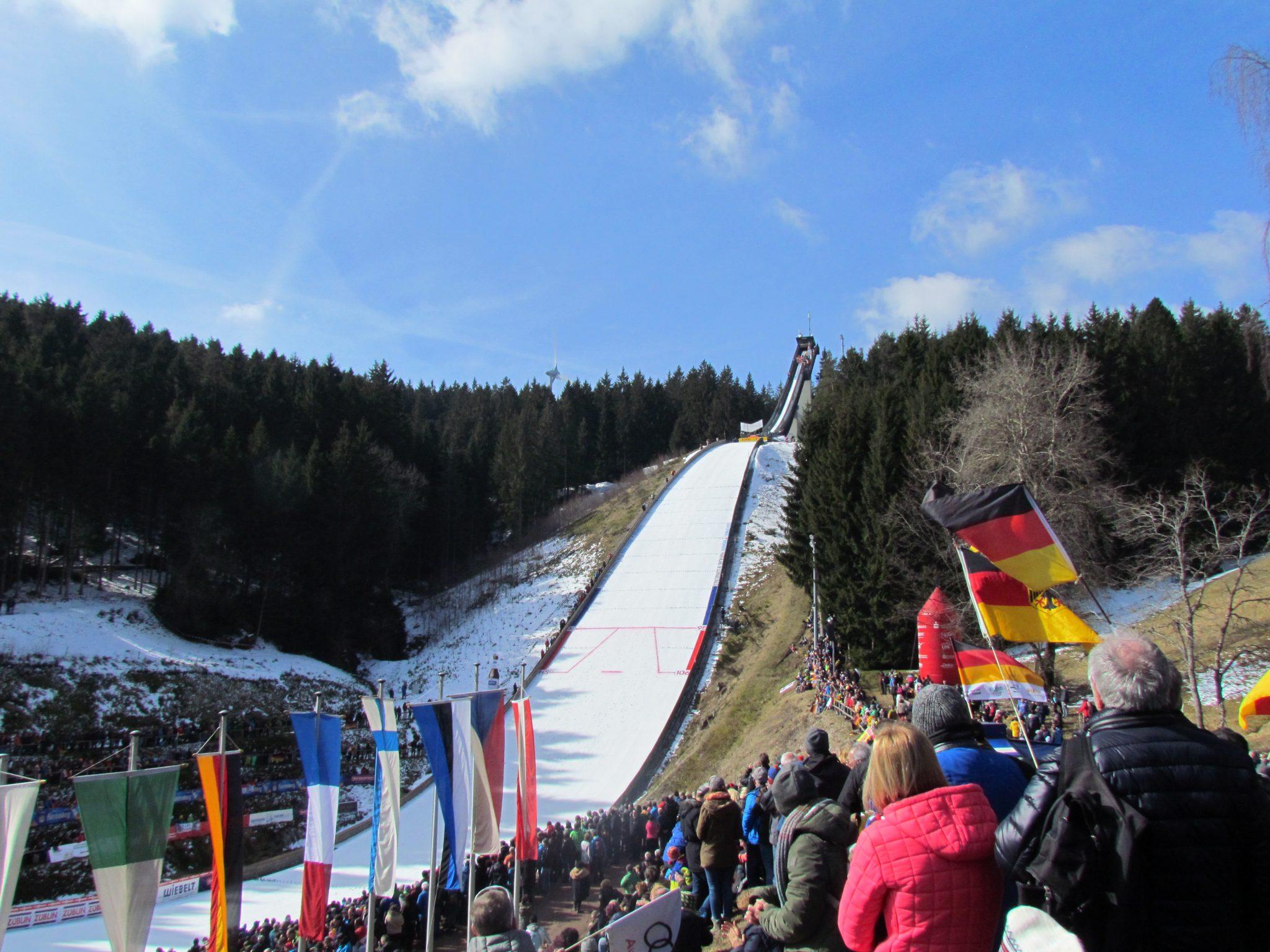Stiegeler IT unterstützt Schonach beim Weltcup Finale der Nordischen Kombination mit Free WiFi
